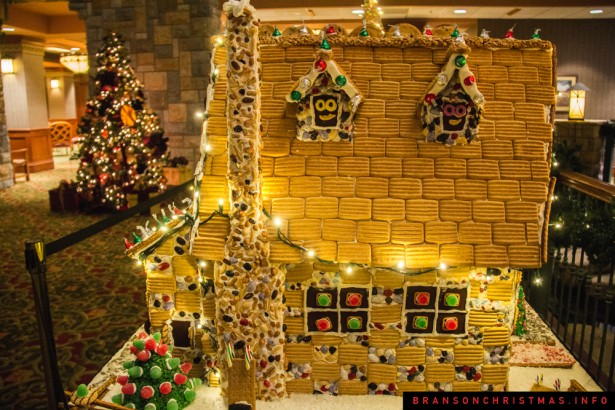 Chateau on the Lake Gingerbread - 12