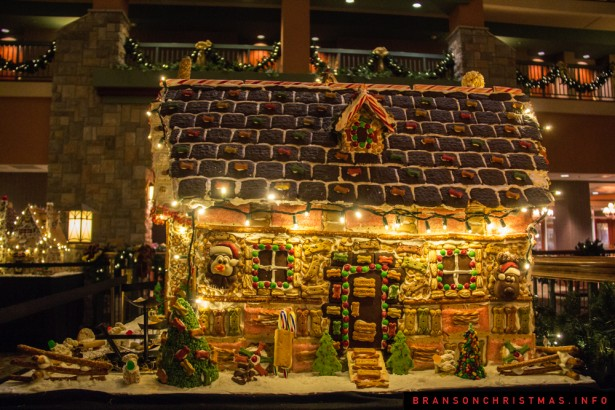 Chateau on the Lake Gingerbread - 19