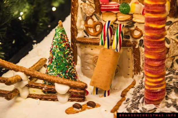 Chateau on the Lake Gingerbread - 27