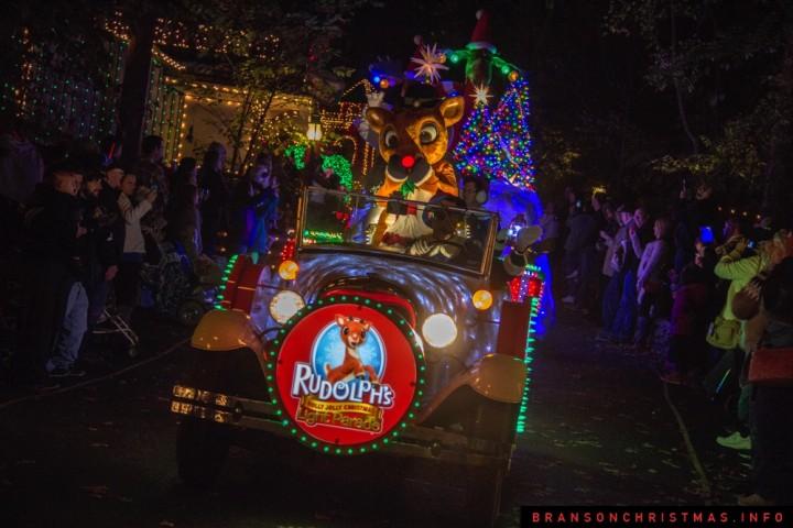Video: Rudolph's Holly Jolly Christmas Light Parade At SDC