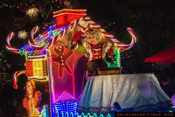 Silver Dollar City Rudolph Parade 2014 - 17