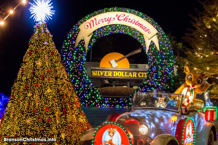ultimate 2018 silver dollar city christmas guide - When Does Branson Mo Decorate For Christmas