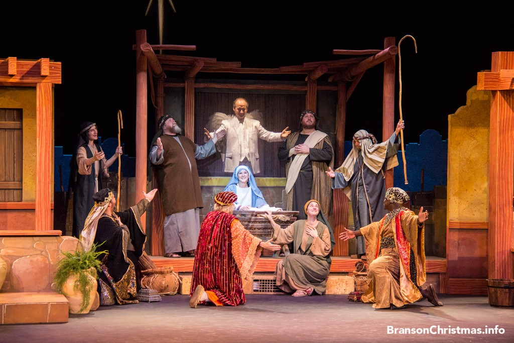 silver-dollar-city-live-nativity
