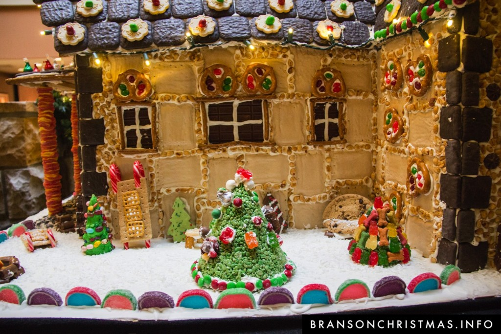 Branson Chateau Gingerbread 2015 12