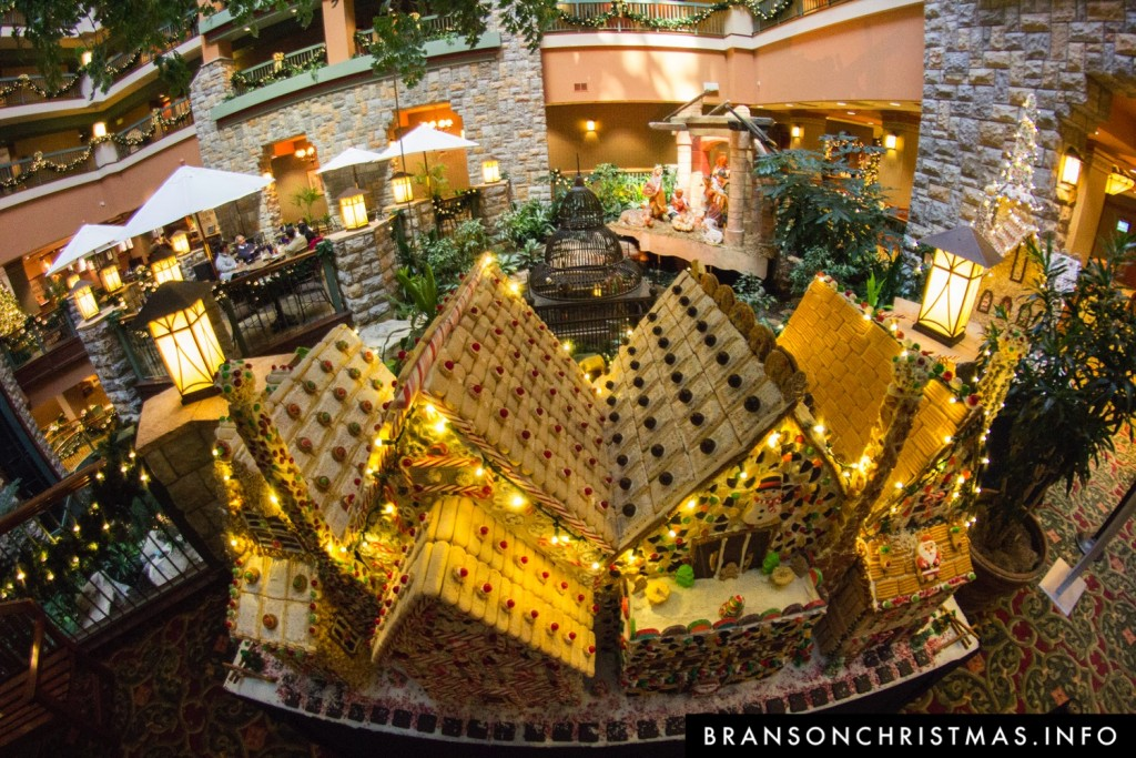 Branson Chateau Gingerbread 2015 15