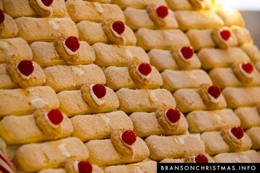 Branson Chateau Gingerbread 2015 16
