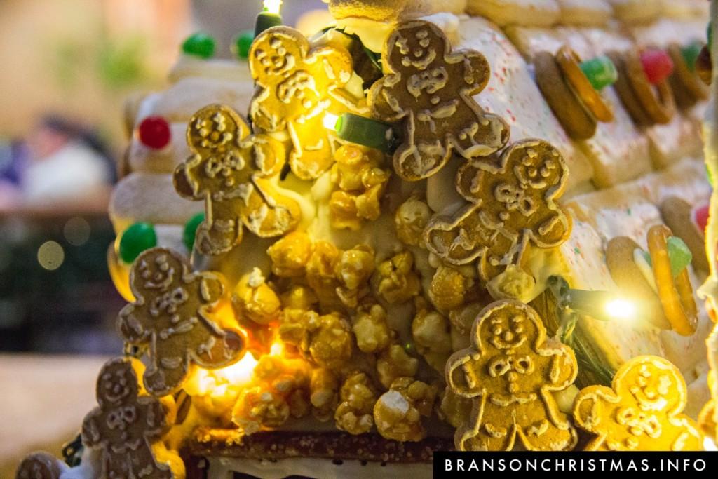 Branson Chateau Gingerbread 2015 18