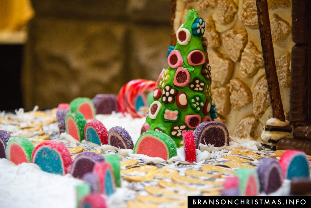 Branson Chateau Gingerbread 2015 2