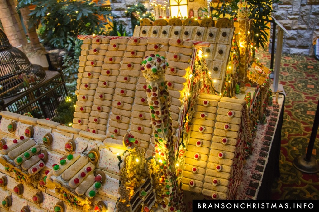 Branson Chateau Gingerbread 2015 21