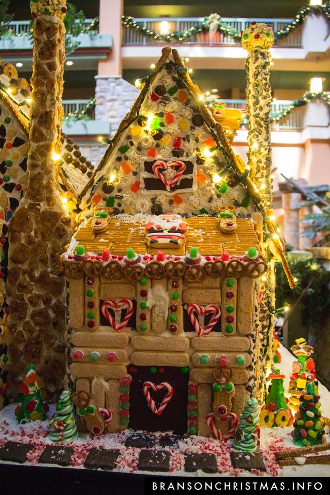 Branson Chateau Gingerbread 2015 26