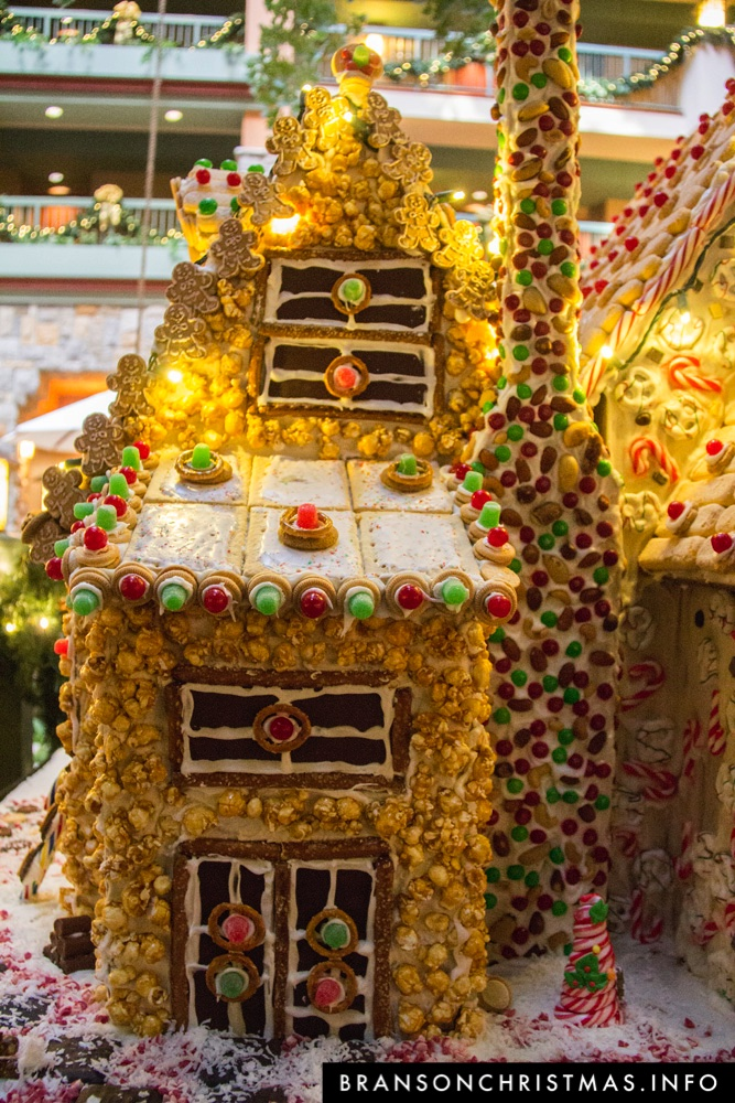 Branson Chateau Gingerbread 2015 30