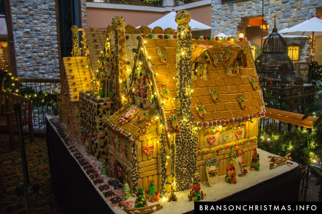 Branson Chateau Gingerbread 2015 4