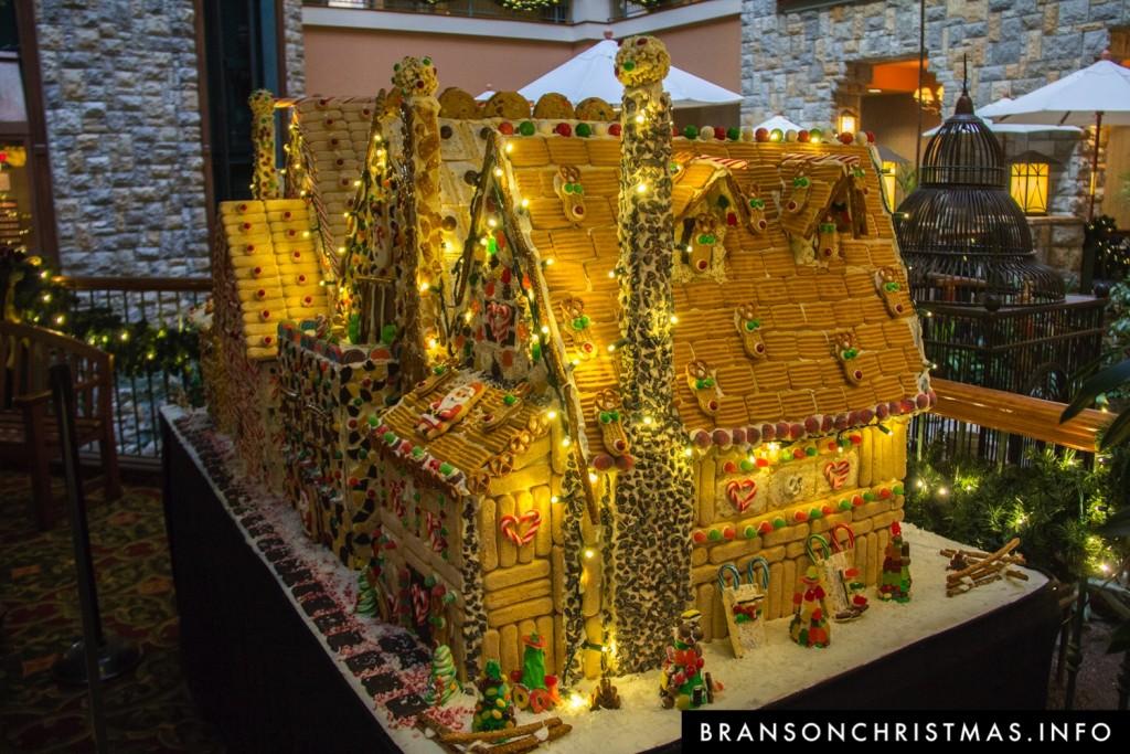 Branson Chateau Gingerbread 2015 4