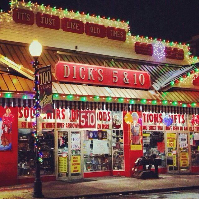 dicks 5 & 10 branson christmas