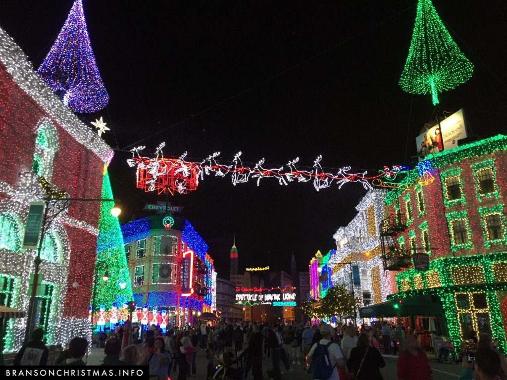 Osborne Family Spectacle of Dancing Lights at Disney's Hollywood Studios in 2014
