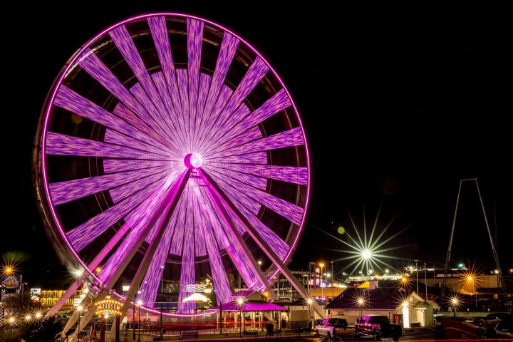 branson-ferris-wheel-night