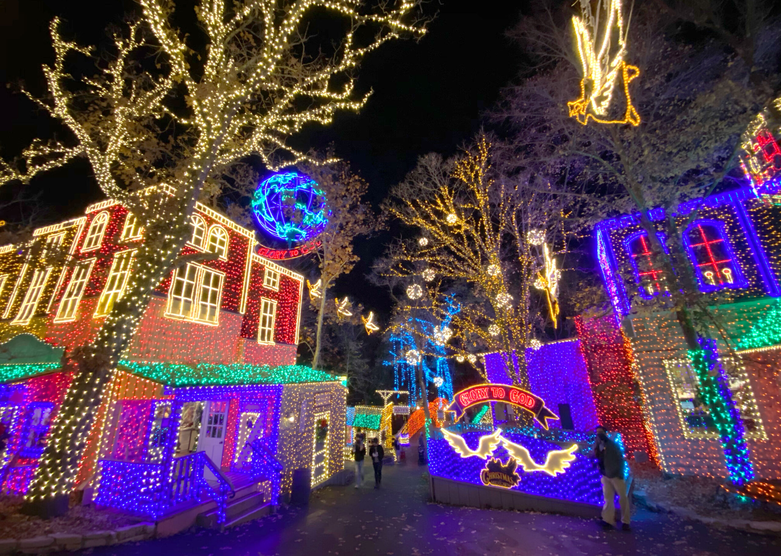 What's different about Silver Dollar City's 2020 Christmas